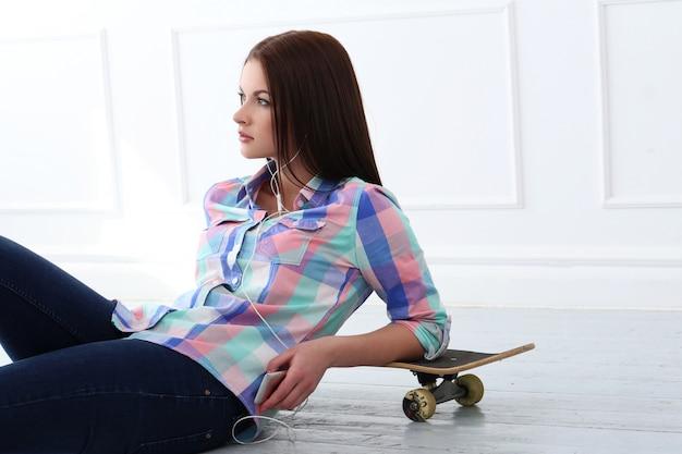 Красивейшая женщина скейтборда