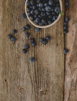 テーブルの上の果実