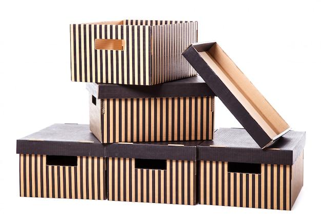 Куча полосатых коробок