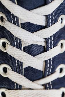 Шнурки крупным планом