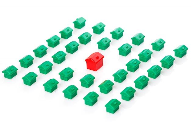 Маленькие игрушечные домики