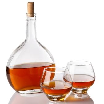 ボトルとコニャックのグラス