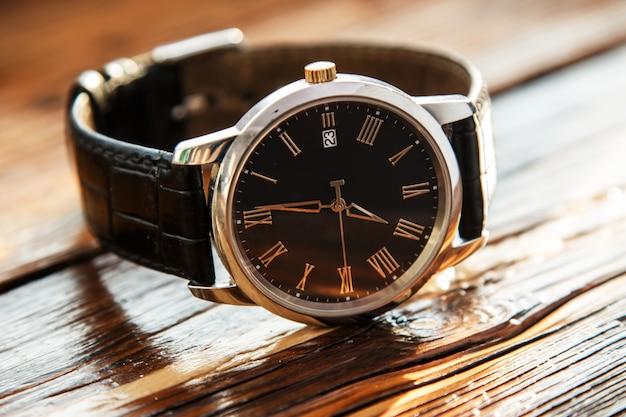 高価な腕時計