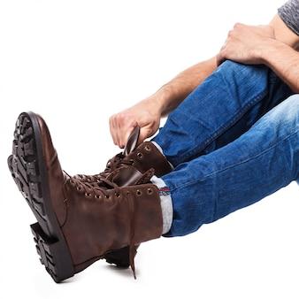 Мужская обувь для шнуровки