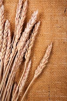 荒布と小麦