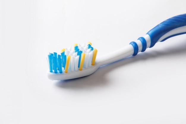 カラフルな歯ブラシ