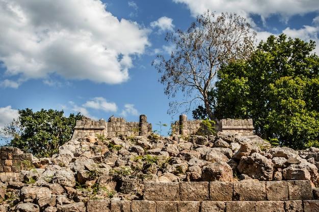 Древние руины в чичен-ице