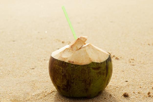 ココナッツドリンク