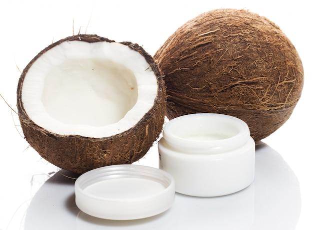 ココナッツと保湿クリーム