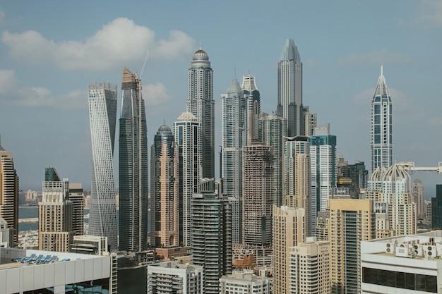 Дубай марина горизонты с красивыми небоскребами