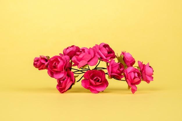 カラフルな美しい人工花