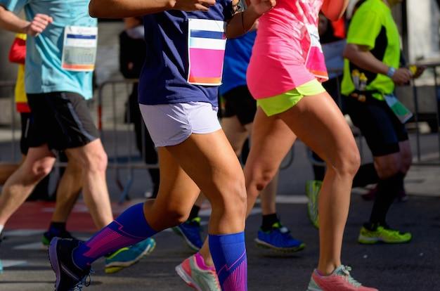 マラソンランニングレース