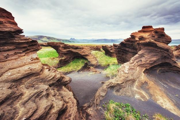 Текстура пород, расплавленных вулканической магмой