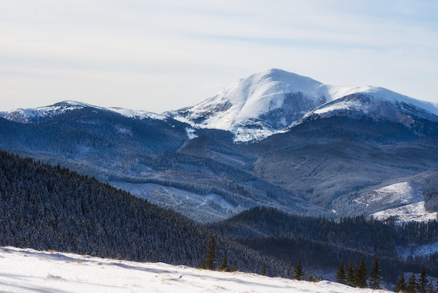 Фантастический зимний пейзаж.