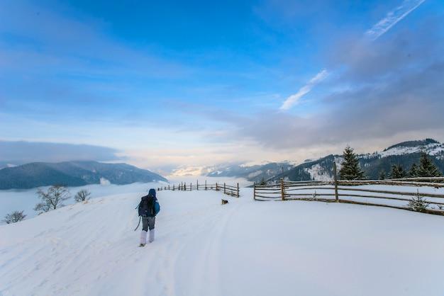 冬の山の観光
