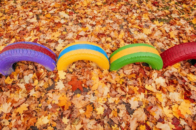 幼稚園近くの色の遊び場