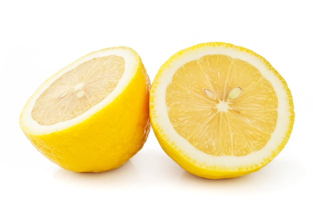 白で隔離レモン