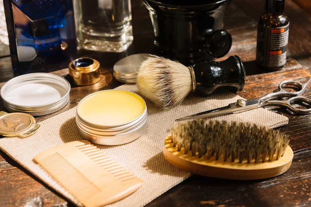 理髪店のシェービングとトリマーのアクセサリー