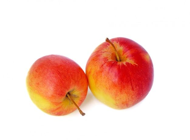 Свежие яблоки краб изолированные