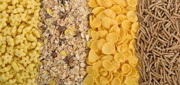 分離されたさまざまな穀物