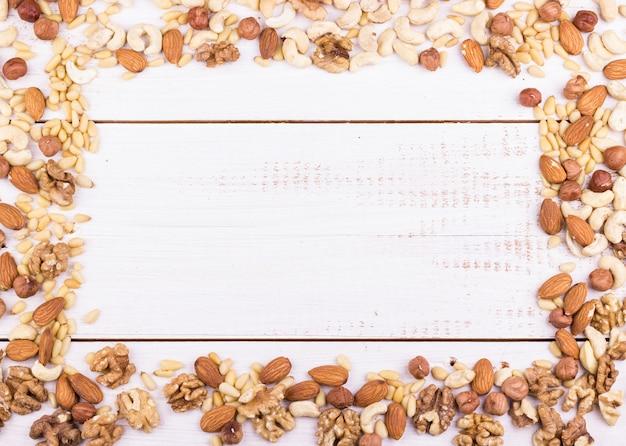 Ореховая рама