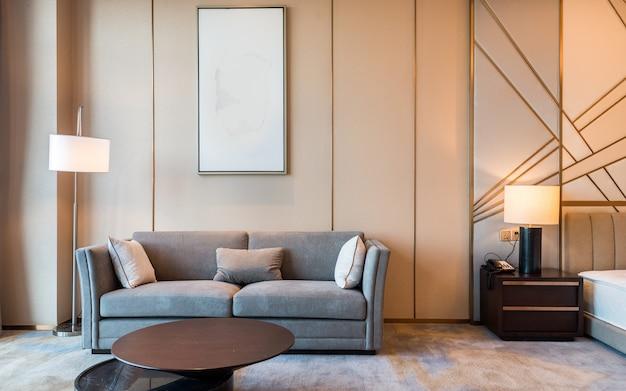 Теплая комбинация мебели