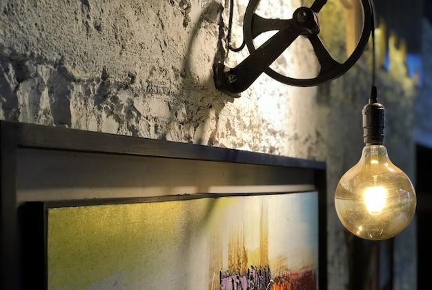 光の効果とアンティークヴィンテージの壁