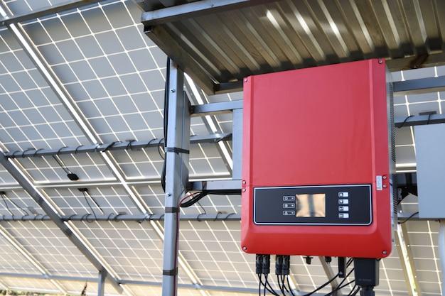 Система управления солнечной батареей. контроллер мощности, заряда солнечных батарей. солнечный трекер.