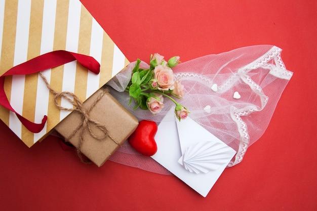 Композиция для подарка на день святого валентина. день святого валентина