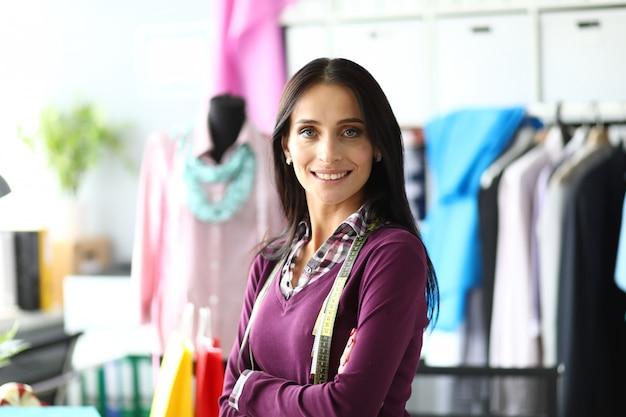 Модельер по пошиву эксклюзивной одежды и белья