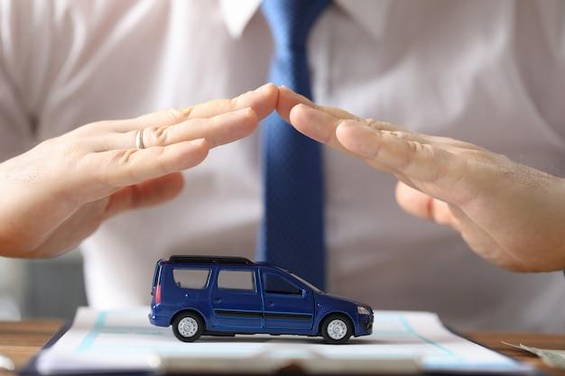 Успешная покупка нового автомобиля