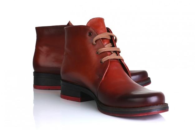 Оранжевые красные кожаные туфли мужчины женщины
