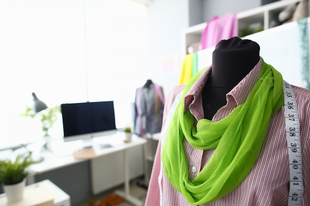 洋裁作業ファッション服デザインコンセプト