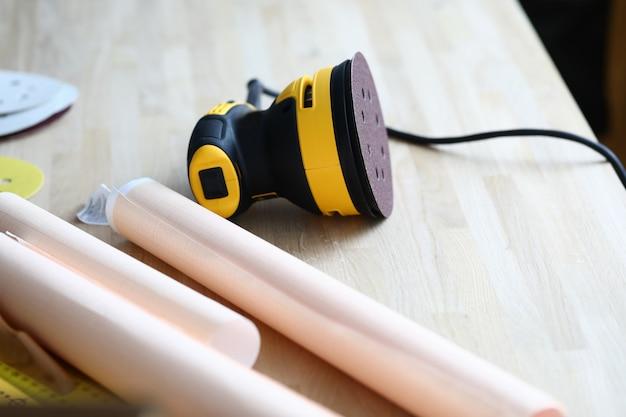 プロの大工のためのツール