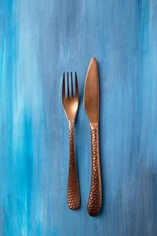 Антигой нож и вилка