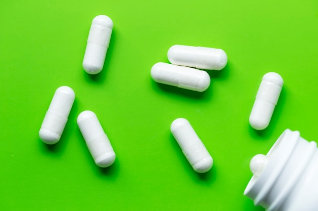 丸薬。ヘルスケアの保護。コロナウイルス