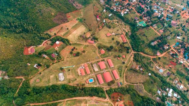 タンザニアのモロゴロの町の空撮