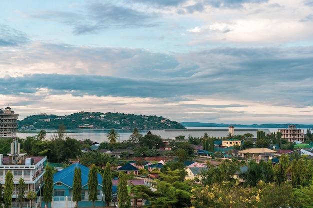 タンザニアのムワンザ町