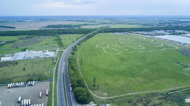 高速道路の平面図