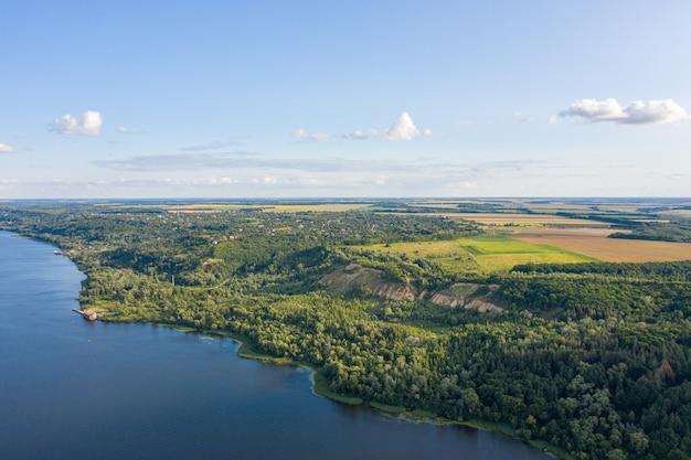 アメリカ合衆国フロリダ州エバーグレーズ国立公園の空撮。湿地、湿地。