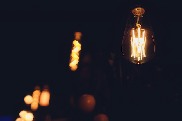 Лампы своими руками, подвесные светильники из стеклянных банок.