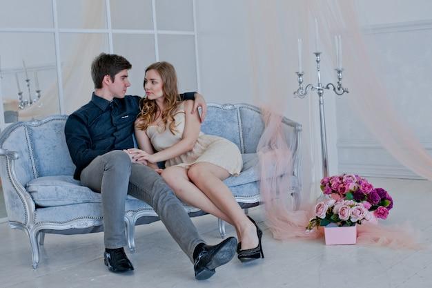 愛の幸せなカップル。バレンタイン・デー。