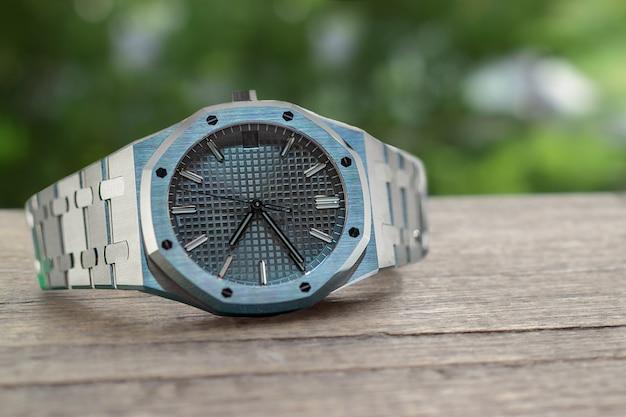 高級時計は、長い間集められてきた時計です。