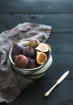 新鮮なイチジクの果実