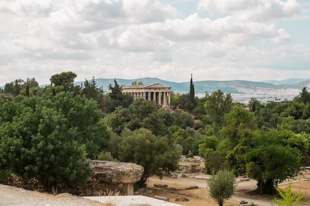 パノラマビュー有名なパエストゥム考古学のテーゼ(ヘファイストス神殿)。最もよく保存されている世界遺産の一部