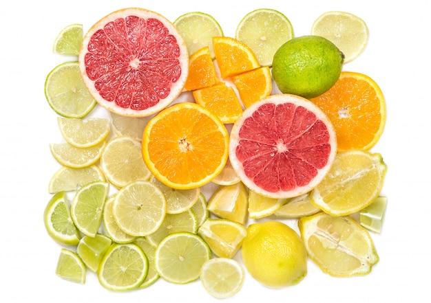 さまざまな柑橘類のスライス