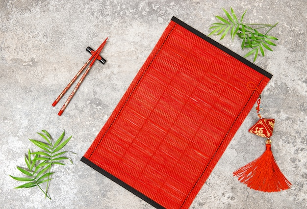 アジアンスタイルのテーブルの場所設定中国の旧正月飾り