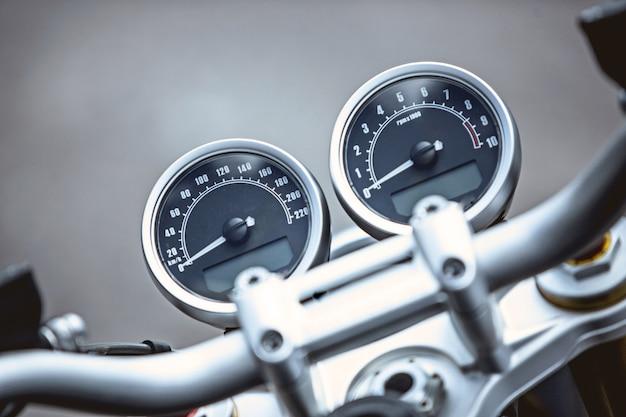 Мотоцикл предметы роскоши крупным планом: части мотоцикла
