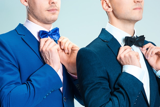 Портрет красивых и элегантных бизнесменов