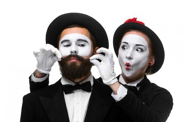 Два мема как бизнесмены. женщина делает лицо мужчина поправляя усы